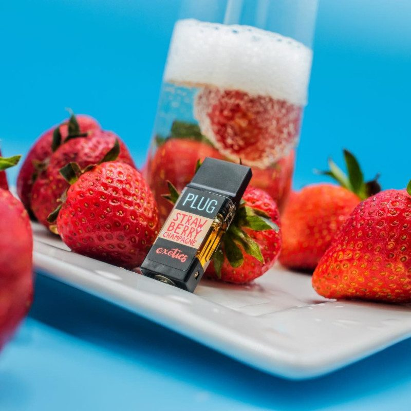 image of STRAWBERRY CHAMPAGNE
